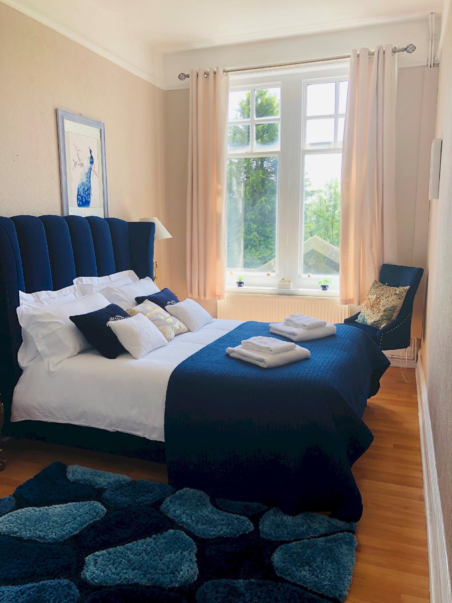 Apartment at Peak Manor photo 13794256