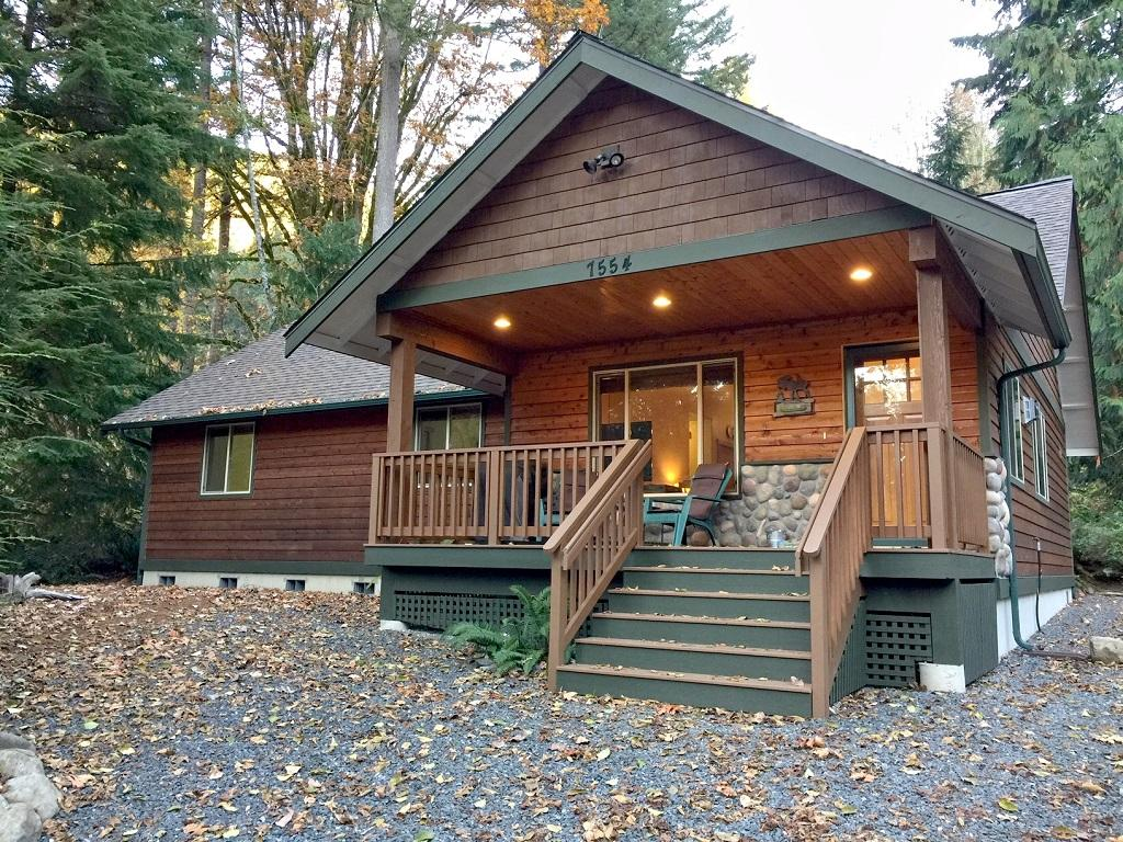 Apartment Mt  Baker Lodging Cabin  65     HOT TUB  FIREPLACE  PETS OK  BBQ  WIFI  SLEEPS-10  photo 4001013