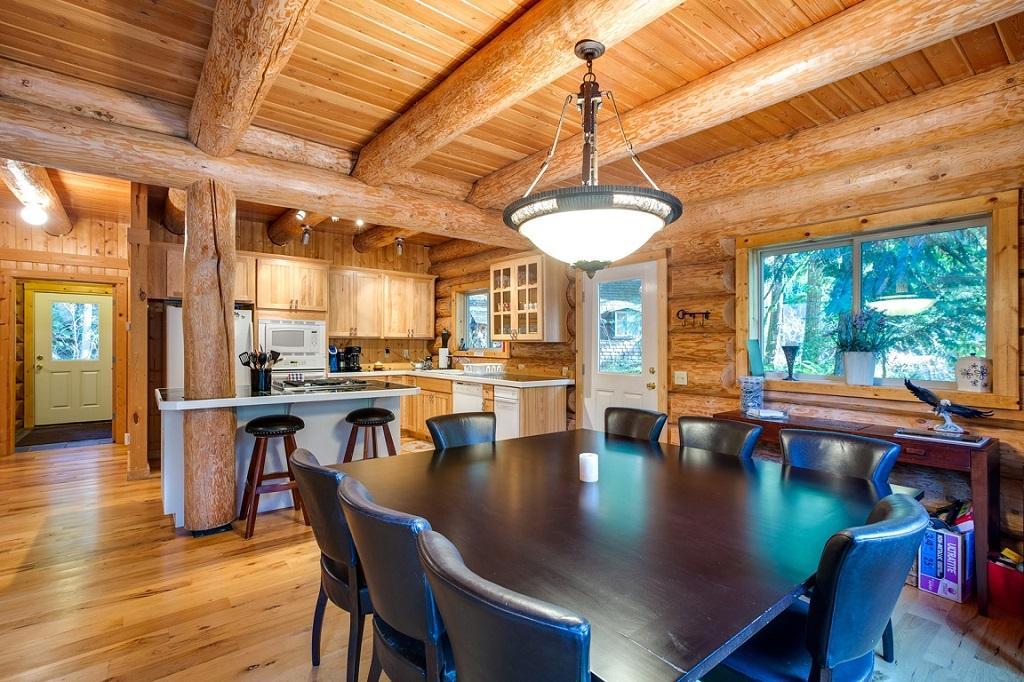 Mt. Baker Lodging Cabin #33 – FAMILY FUN, WIFI, HOT TUB, SLEEPS 8! photo 21417897