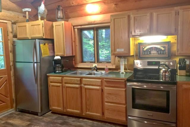Mt. Baker Lodging Cabin #10 – REAL LOG CABIN, GR-8 AMENITIES, WIFI, SLEEPS-8! photo 59326