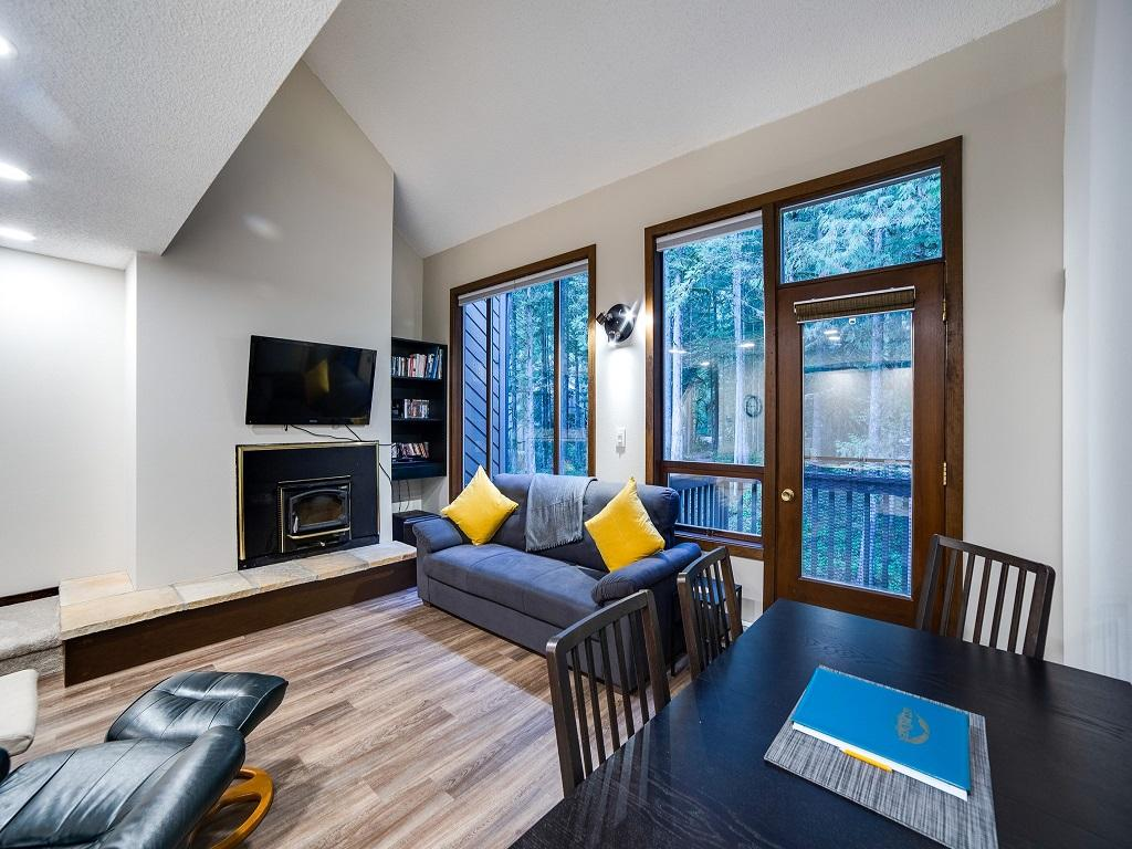 Mt. Baker Lodging Condo #68 – FIREPLACE, WASHER/DRYER, DISHWASHER, SLEEPS-4! photo 4365064