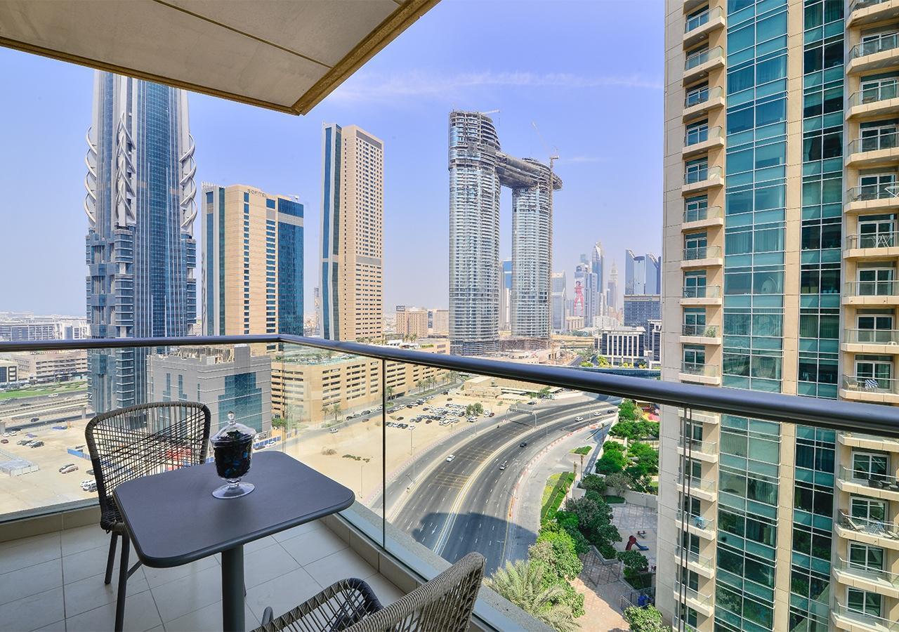 Apartment Landmark  Ease by Emaar    Breathtaking 1 Bedr    photo 31795321
