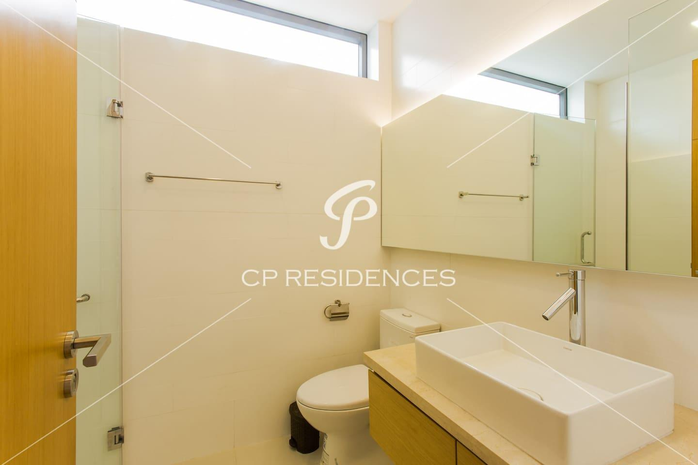Apartment THE POINTS with Private Pool- FREE PICK UP photo 17989753