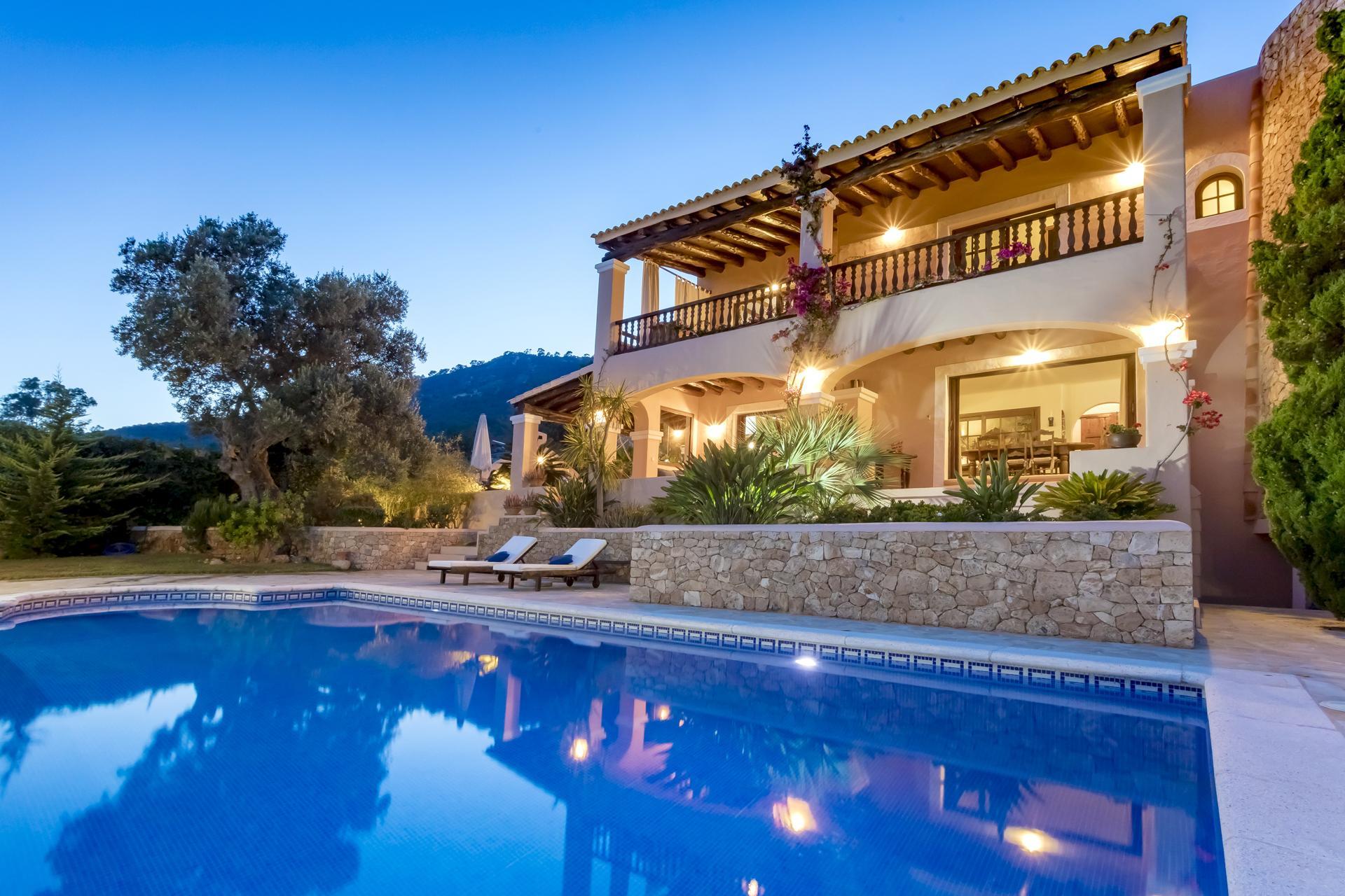 Apartment Villa Cas Berris  Lujo y Vista mar en Es Cubells photo 17812560