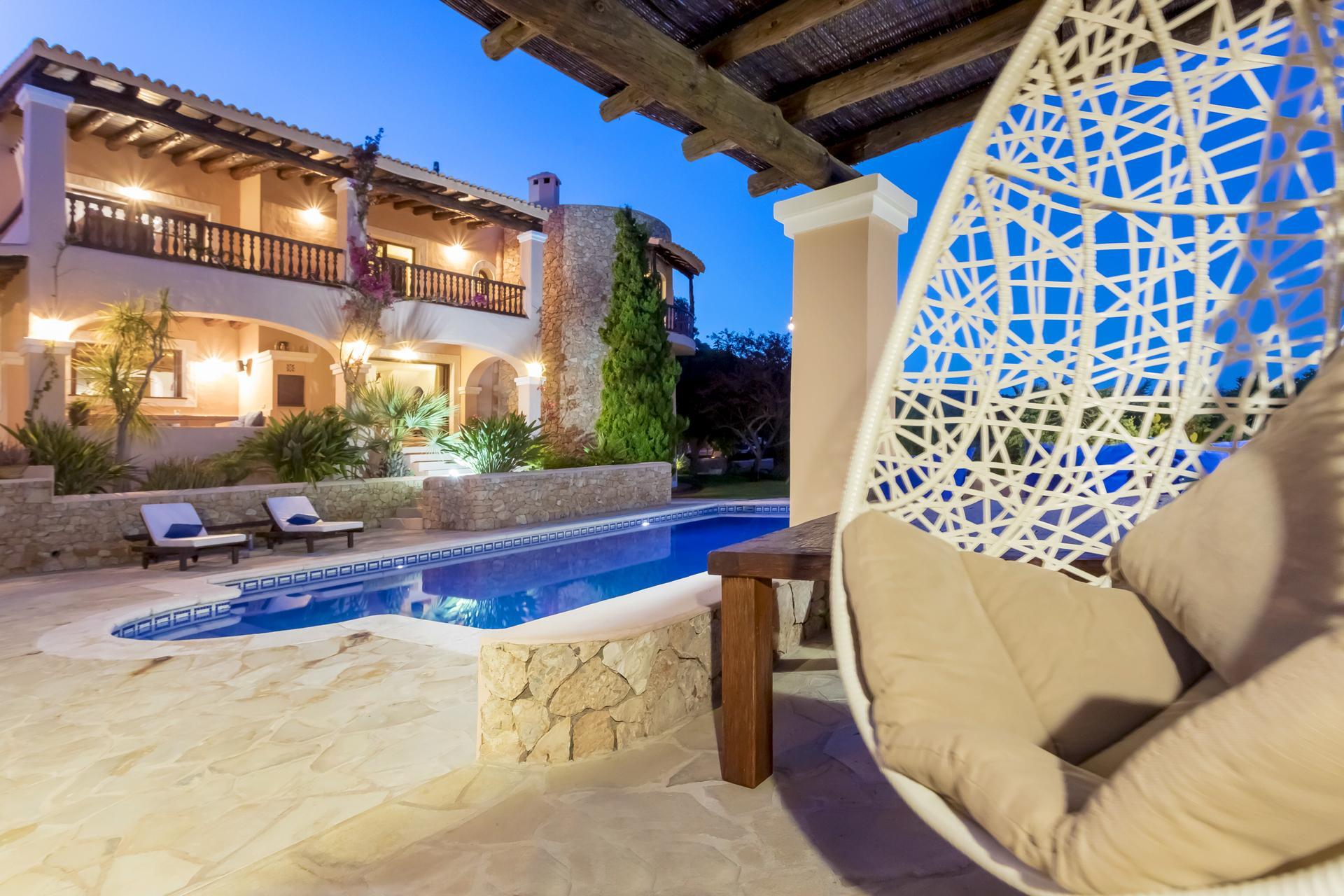 Villa Cas Berris. Lujo y Vista mar en Es Cubells photo 17812524