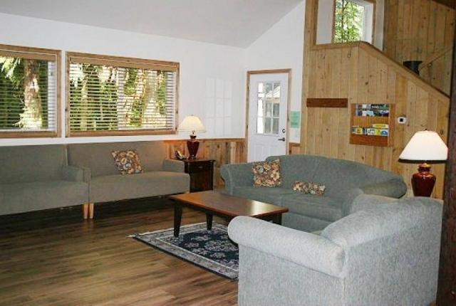 Mt. Baker Lodging Cabin #3 – Very Large Cabin on Acreage, 12 BDRM, 3.5 BATH, SLEEPS 26! photo 59171