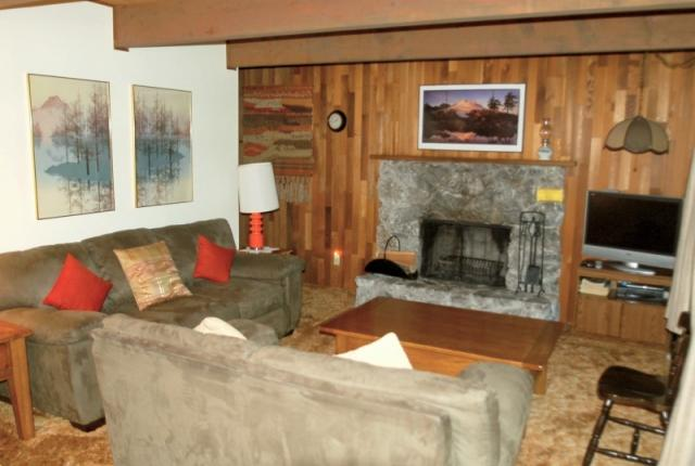 Mt. Baker Lodging Cabin #27 – BBQ, WIFI, PETS OK, FIREPLACE, SLEEPS-10! photo 59729