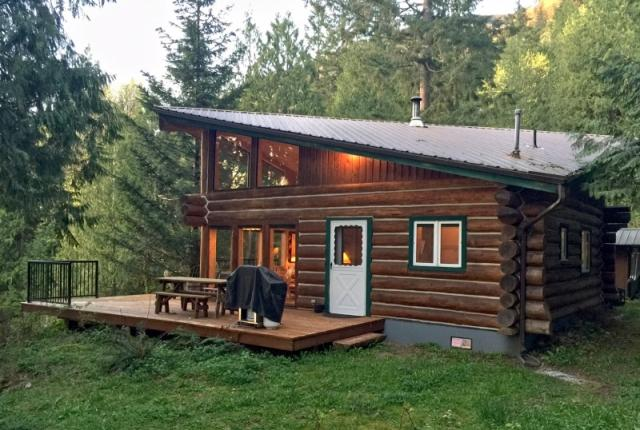 Mt. Baker Lodging Cabin #97 – REAL LOG CABIN, LAKESIDE, DOCK, PETS OK, SLEEPS-6! photo 60981