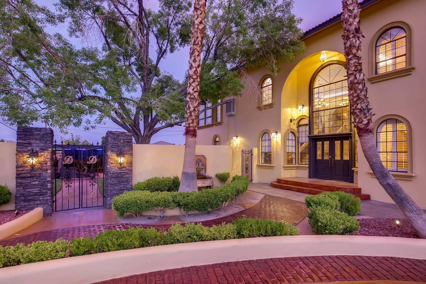 12Bd 13Ba Private Resort, One Of A Kind. photo 26209739