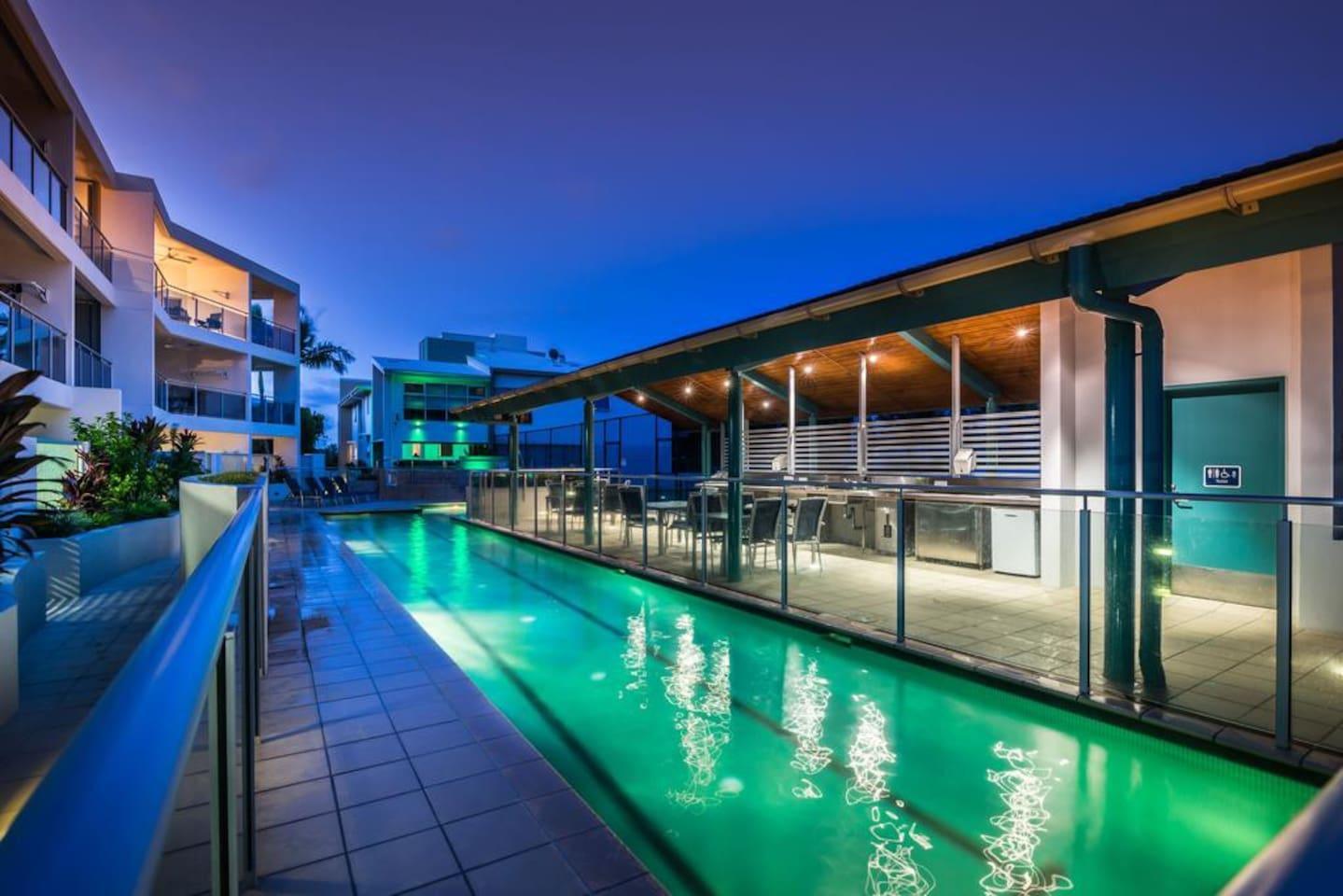 Apartment 2BR Coolum Beach    Rooftop Terrace   Spa   Tennis   Pool photo 26289856