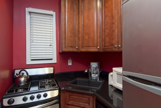 Convenient 2 Bedroom Apartment in Midtown East photo 51207