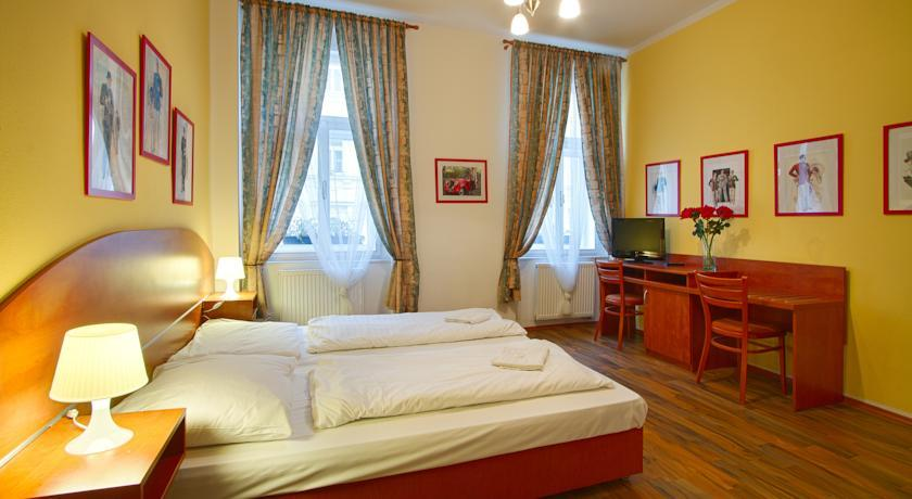 Cozy Apartment for two persons in the city center of Prague photo 31595301