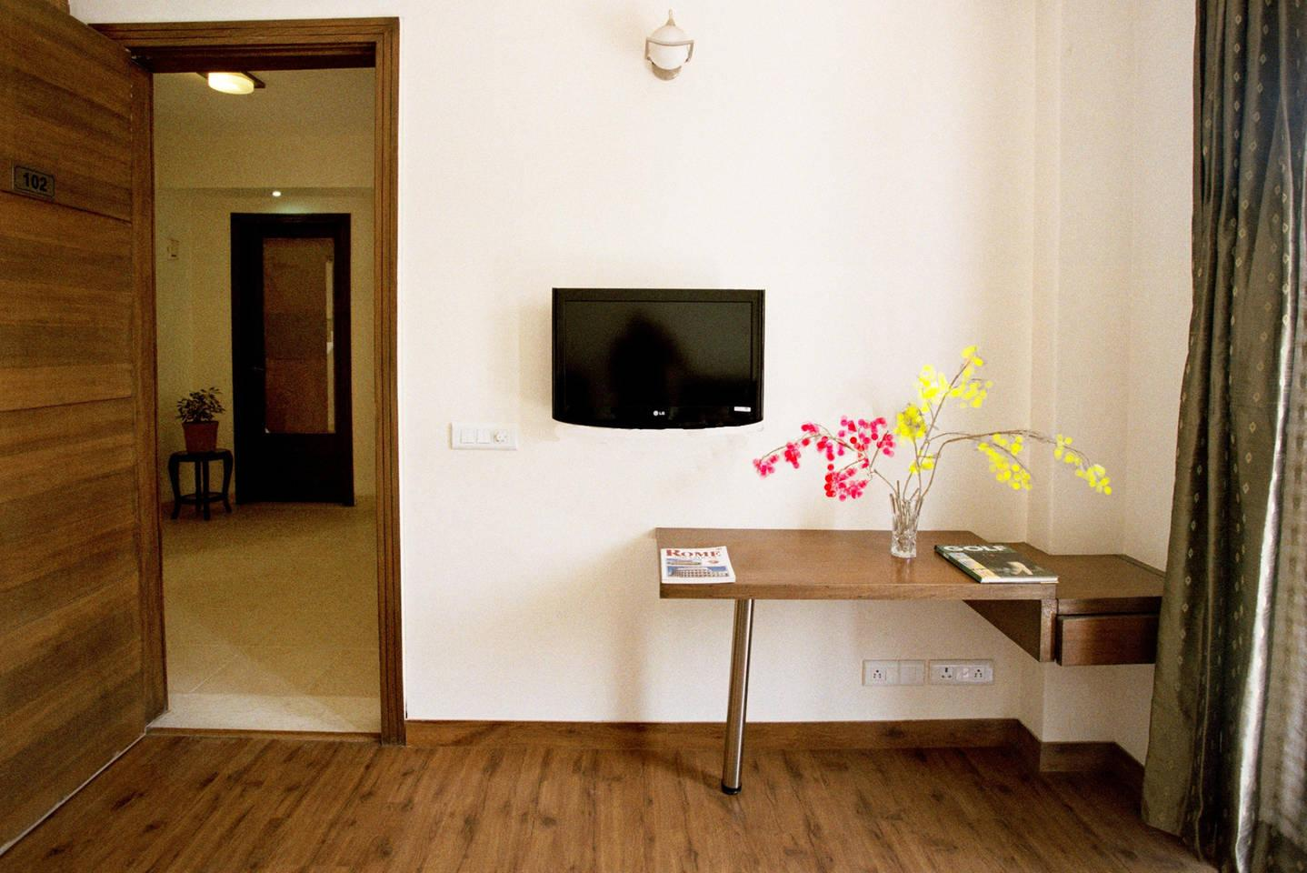 Apartment 2 BHK Serviced Apartment Cyber Park  Perch  photo 31767990