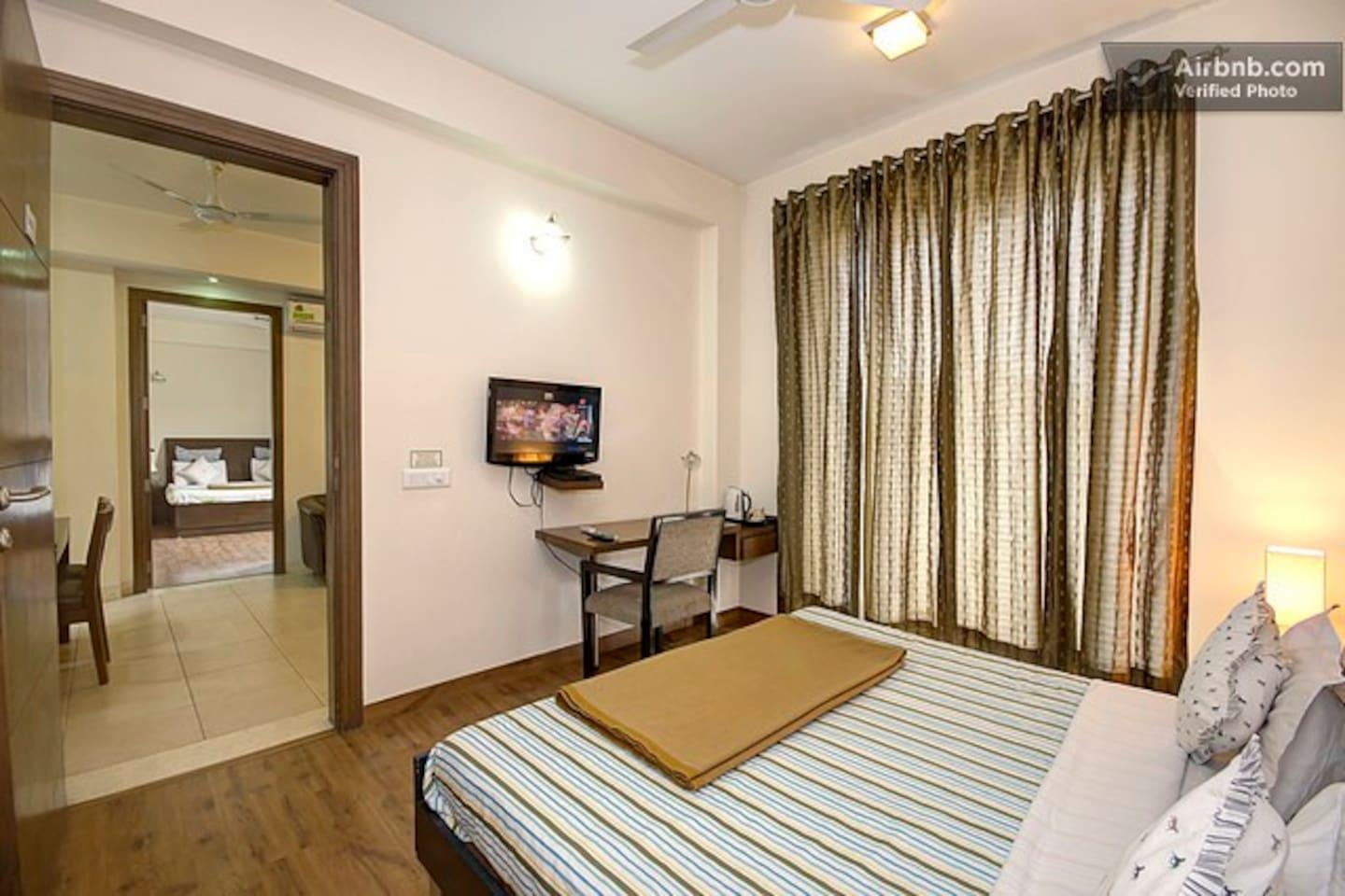 Apartment 2 BHK Serviced Apartment Cyber Park  Perch  photo 31767966