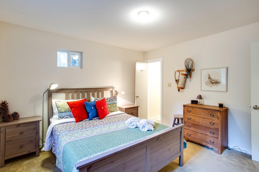 Apartment Mt  Baker Lodging Cabin  30  ndash  HOT TUB  WIFI  DVD  BBQ  W D  DW  SLEEPS 8  photo 27790025
