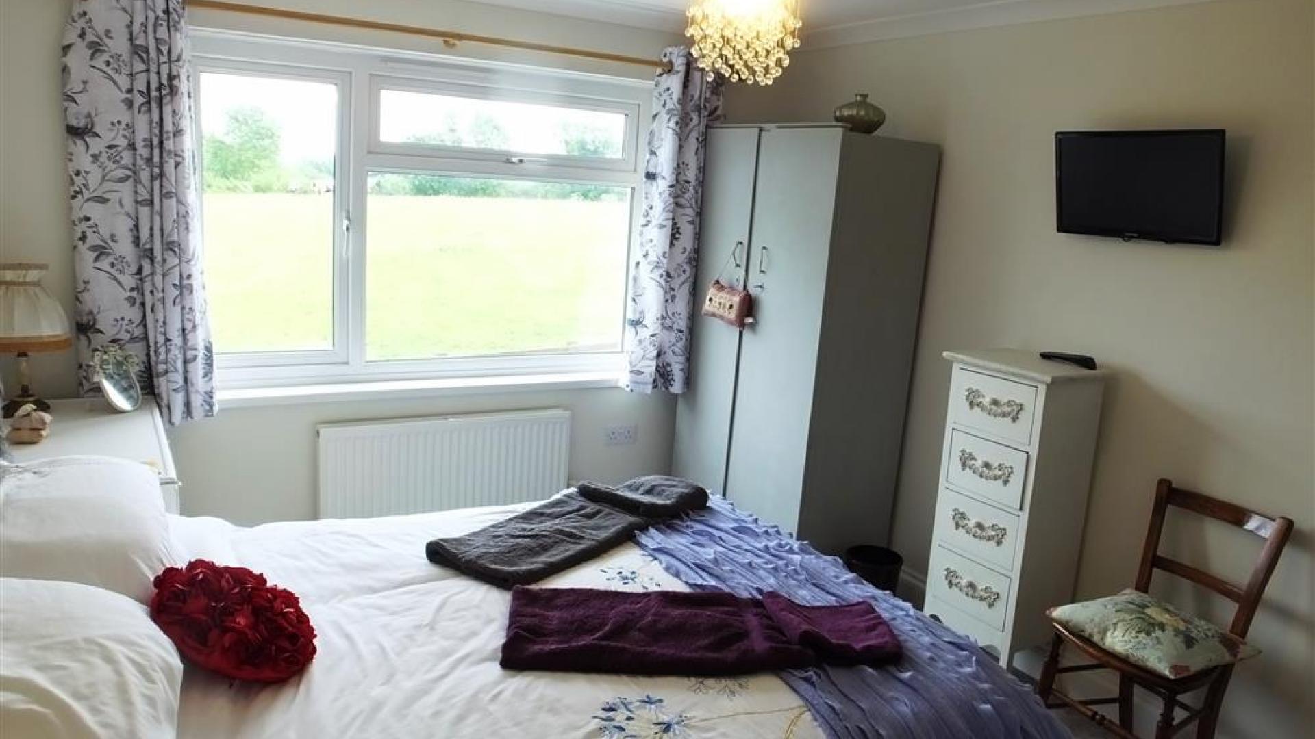 Apartment Topsham Drive photo 27740816