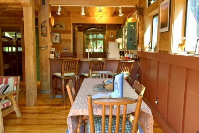 Mt. Baker Lodging Cabin #44 – HOT TUB, FIREPLACE, BBQ, W/D, PETS OK, WIFI, SLEEPS-8! photo 60311